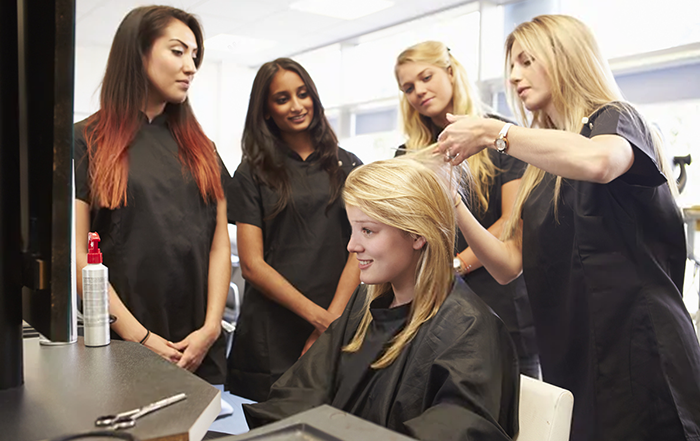 Groupthink in hair and beauty salons